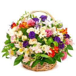 пышный букет ароматных цветов.jpeg