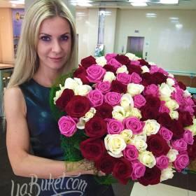 Букет из разноцветных роз для жены - фото