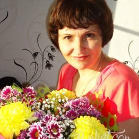 Букет хризантем для получательницы - фото