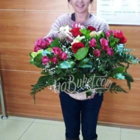 Сборный букет цветов для сестры - фото