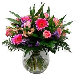розовое цветочное разнообразие букета Болеро.jpeg