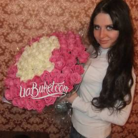 Белые и розовые розы для любимой жены - фото