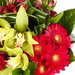 благоухающий букет экзотических цветов.jpeg