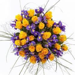 золотое очарование роз и свежесть первоцветов.jpeg