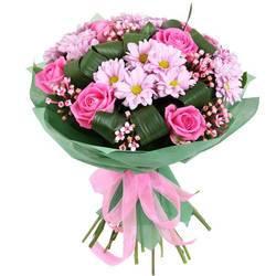 пена розовых цветов в волшебном букете.jpeg