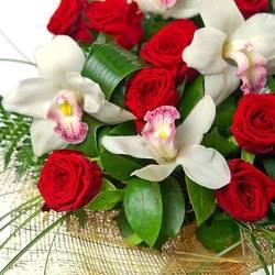 дорогие цветы и стильная обертка.jpeg