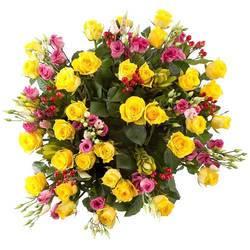 лучезарные розы в роскошном букете.jpeg
