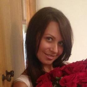 Красные розы для любимой - фото