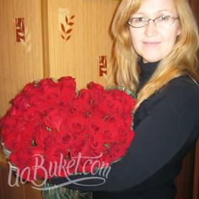 Красные розы с доставкой для мамы - фото