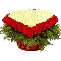 огромная корзина миллиона роз.jpeg