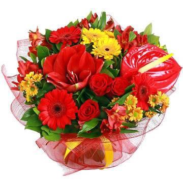 красные и алые цветы в композиции.jpeg