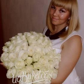 Букет белых украинских роз для именинницы - фото