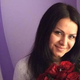 Букет красных роз для любимой жены - фото