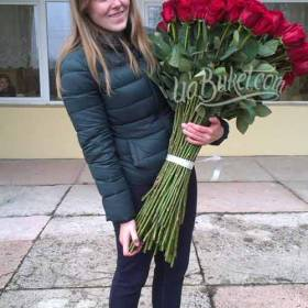 Букет импортных роз для получательницы - фото