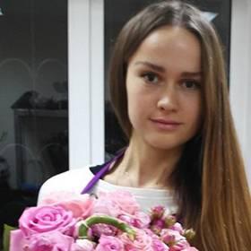 Букеты из роз для сестричек - фото