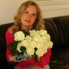 Букет белых роз для именинницы - фото