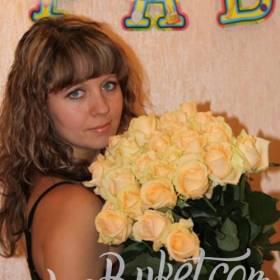 Букет нежных роз для именинницы - фото