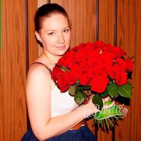 Фото девушки с букетом роз
