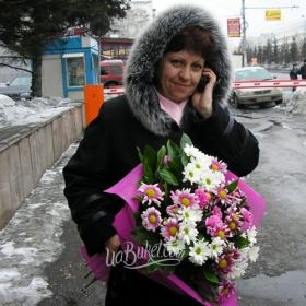 Букет хризантем для мамы - фото