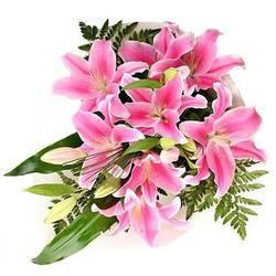 розово-перламутровые лепестки идеальных лилий.jpeg