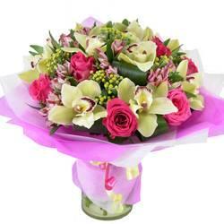 орхидеи розы и бант узлом.jpeg